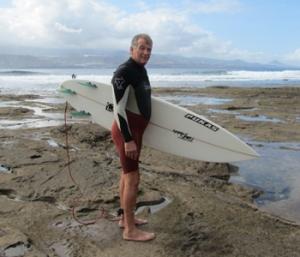 Federico en enero de 2011, antes de entrar al agua en el Confital. Foto: Daniel Esparza